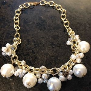 Jewelry - Gold Pearl Crystal Necklace